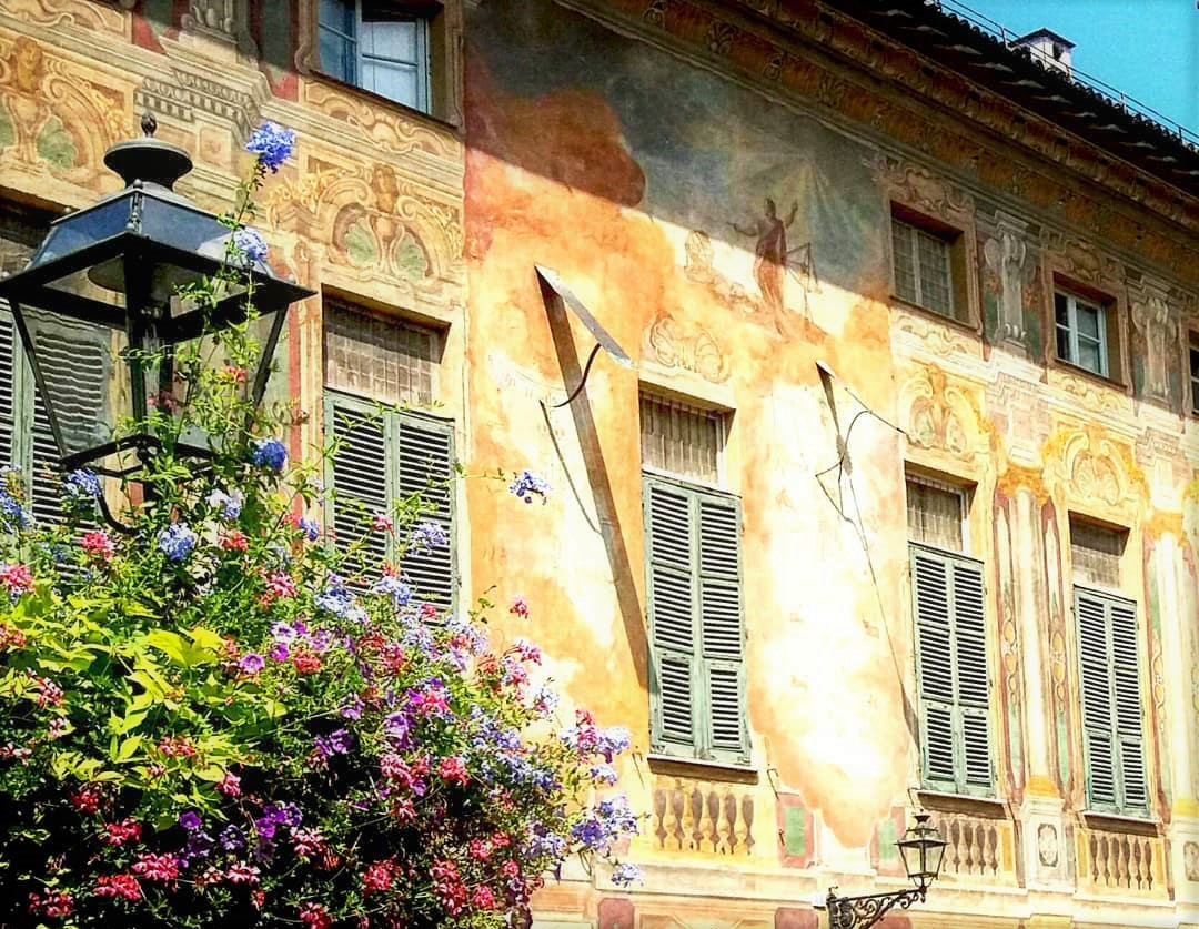 Le meridiane di Palazzo Negrone