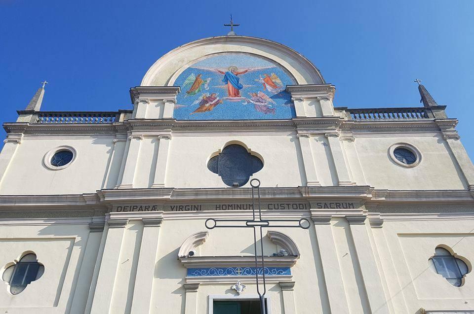 Il santuario di N.S. della Guardia di Gavi e i confetti di Maria