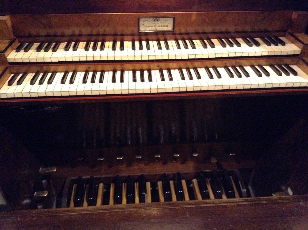 Musica e amore dietro il Serassi di Novi