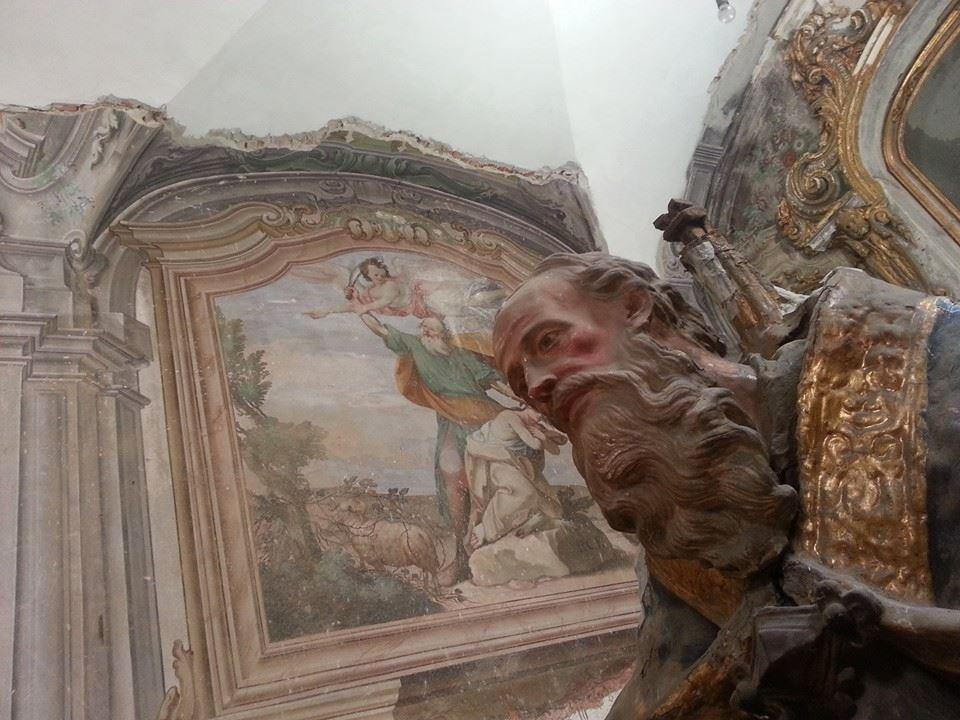 La statua del Padreterno in mostra