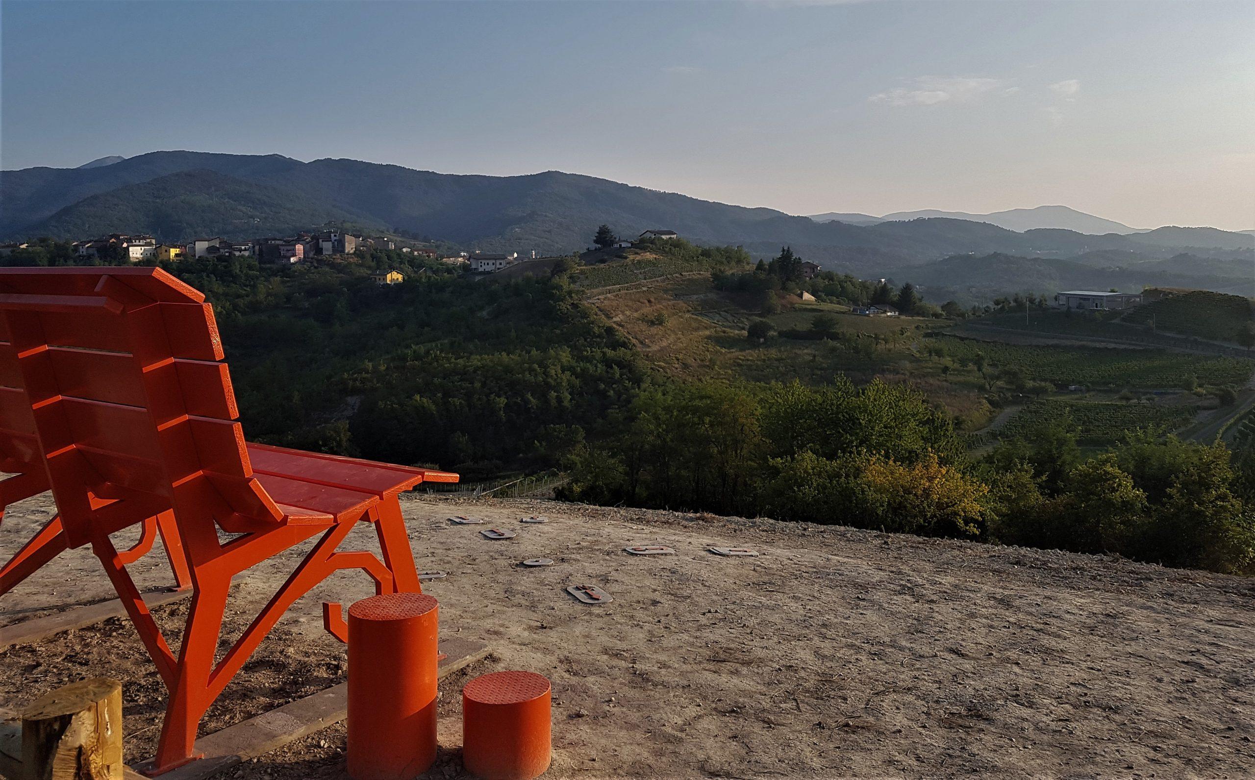 La big bench di Bosio: il nuovo belvedere